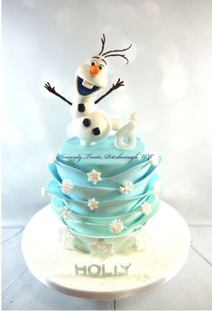 Olaf Cake - Cake by Heavenly Treats by Lulu - Frozen cakes Disney Frozen Cake, Frozen Theme Cake, Frozen Themed Birthday Party, Disney Cakes, Cupcakes, Cupcake Cakes, Cupcake Cake Designs, Olaf Cake, 6th Birthday Cakes