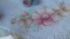 Pintura em tecido. Aprenda pintar flor do campo, botão e folhas suaves.