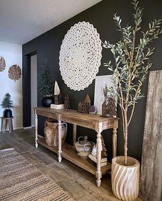 Dark Accent Walls, Accent Wall Colors, Accent Walls In Living Room, Accent Wall Bedroom, Elegant Living Room, Boho Living Room, Living Rooms, Wall Color Combination, Room Decor
