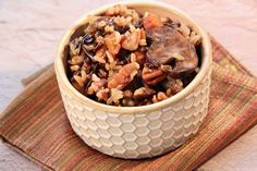 This Instant Pot® wild rice and mushroom side dish gets intense flavor from chicken stock, herbs, and a touch of white wine--it goes well with chicken, pork, or fish. Mushroom Side Dishes, Side Dishes For Chicken, Mushroom Recipes, Other Recipes, New Recipes, Dog Food Recipes, Favorite Recipes, Vegetarian Recipes, Instant Pot Pressure Cooker