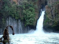 Parque Nacional Uruapan, Michoacan, Mèxico. we lived 10 minutes from here! cant wait it go visit!!