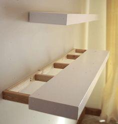 Hoe je eenvoudige zwevende planken te bouwen. Knip (of aankoop) twee identiek-en kleinbedrijf houten panelen voor elke plank.