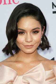 Vanessa Hudgens made her glowing skin the main attraction with this monochromatic look at the Billboard Music Awards.