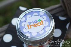 Halloween printables :: trick or treat mason jar toppers by Lauren McKinsey.
