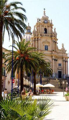 Ragusa-Ibla, Piazza del Duomo, Duomo di San Giorgio (St. George's Cathedral),Italy, Sicily, from Iryna