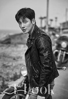 Ji Chang Wook Shares What Drew Him Into Riding Motorcycles And Choosing His Upcoming Drama Ji Chang Wook Smile, Ji Chan Wook, Ji Chang Wook Healer, Korean Men, Asian Men, Asian Guys, Korean Wave, Asian Actors, Korean Actors