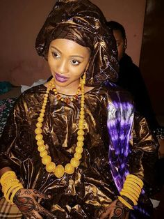 African Women, African Fashion, African Style, Elegant Dresses, Nice Dresses, Couture Sewing Techniques, Style Ethnique, Islamic Fashion, African Dress