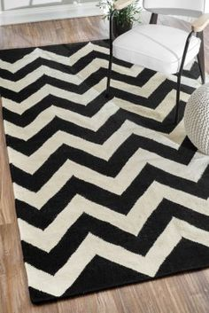 $5 Off when you share! Tuscan Chevron Flatwoven Black Rug | Contemporary Rugs #RugsUSA