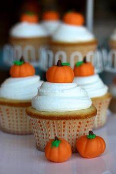 4Fall Cupcake Ideas {And Recipes}