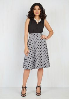 Bugle Joy Midi Skirt in Gray Dots. You hear your friends truck horn outside your window - your trumpet call to scoot this A-line skirt out the door and hop in! #grey #modcloth