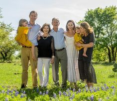 With family on Easter American Presidents, Us Presidents, Laura Bush, Jenna Bush, Chelsea Clinton Wedding, George Bush Family, Barbara Pierce Bush, George Walker, Classy Couple