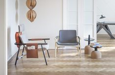Donghia mobili ~ Donghia an out of this world chair and bench the curve chair