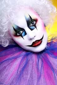 I really like this for a costume makeup look. Mime Makeup, Costume Makeup, Makeup Art, Girl Clown Makeup, Circus Makeup, Carnival Makeup, Clown Faces, Creepy Clown, Maquillaje Halloween