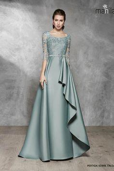 Stylish Dress Designs, Stylish Dresses, Elegant Dresses, Indian Fashion Dresses, Indian Gowns Dresses, Hijab Fashion, Hijab Dress Party, Party Wear Dresses, Vestidos Marisa