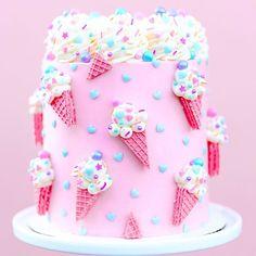 Ice Cream Cone Cake, Ice Cream Theme, Ice Cream Party, Torta Candy, Candy Cakes, Cupcake Cakes, Pretty Cakes, Cute Cakes, Beautiful Cakes