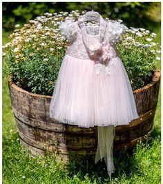 Φωτογράφιση Βάπτισης τιμές Girls Dresses, Flower Girl Dresses, Wedding Dresses, Photography, Fashion, Dresses Of Girls, Bride Dresses, Moda, Bridal Gowns