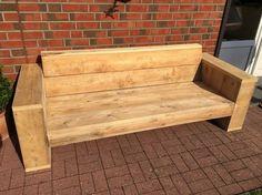 Stylische Möbel aus gebrauchtem Bauholz für den Garten, Ecklounge, Sofas und Tische gebaut in der nähe von Hamburg