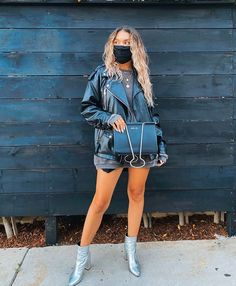 Kristen Mcatee, Mini Skirts, How To Wear, Fashion, Moda, La Mode, Mini Skirt, Fasion, Fashion Models