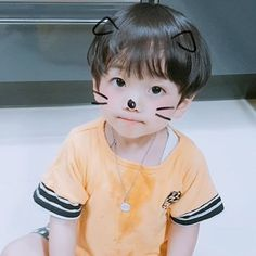 Baby boy ulzzang 64 New ideas Cute Asian Babies, Korean Babies, Asian Kids, Cute Babies, Newborn Boy Clothes, Newborn Outfits, Baby Boy Outfits, Cute Baby Boy, Cute Kids