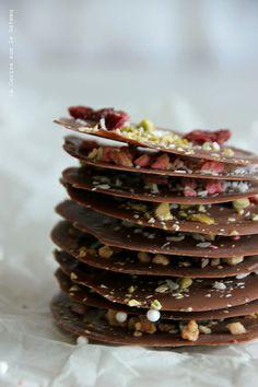 Pétales de chocolat façon mendiants