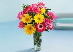 Flores, clásico pero seguro. Las gerberas con rosas, me encantan!