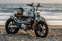 At first glance, Taiwan and California would seem to be world's apart. But when you've spent your childhood in the East and now live on the West Coast, we guess the two just might cross-pollinate in some pretty unexpected ways. And for JSK Moto'sSamuel Kao, that mix was the guiding light for his latest build, a Honda Beach Scrambler with more than a little Taiwan built right in., http://www.pipeburn.com/home/2017/09/04/help-help-honda-jsk-motos-surfin-250-honda-rebel-scrambler.html