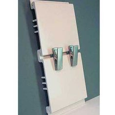 Slatwall 2in. Clips Brushed Chrome (Box of 12)