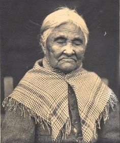 Portrait of Eliza Gale, daughter of Old Chief Joseph of the Wallowa Nez Perce and a Walla Walla mother, and older half-sister to Chief Joseph. She married trapper Joseph Gale in the mid-1830s. Together they had one son and seven daughters. After the death of her husband in 1881, Eliza moved to the Umatilla Indian Reservation where she died in 1905, and she is buried in Weston, Or. #ORhistory #NezPerce