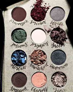 Harry potter eyeshadows Storybook Cosmetics Wizardry and Witchcraft Eyeshadow Palette Storybook™ Maquillaje Harry Potter, Slytherin, Hogwarts, Storybook Cosmetics, Belleza Diy, La Face, Face Art, Witchcraft, Magick