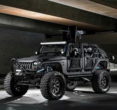 Zombie Apocalypse Survival Jeep-A True beast! Jeep Jk, Jeep Truck, Zombie Apocalypse Survival, Jeep Wrangler Rubicon, Jeep Wrangler Unlimited, Jeep Carros, Badass Jeep, Black Jeep, Custom Jeep