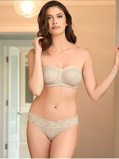 b67c1efc87418 Wacoal Halo Lace Strapless Underwire Bra 854205  46 Our easy-to-wear Halo  Lace