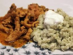 Sertéstokány kapros galuskával | NOSALTY Hungarian Recipes, Hungarian Food, Risotto, Vitamins, Protein, Pork, Lunch, Chicken, Meat