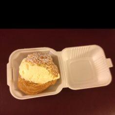 Schmidt's cream puff
