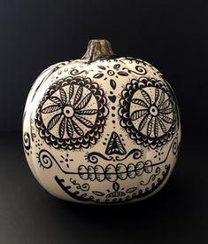 Sugar Skull pumpkin - Day of the Dead & Halloween Decor by… Casa Halloween, Halloween Skull, Holidays Halloween, Halloween Pumpkins, Pop Culture Halloween Costume, Creative Halloween Costumes, Halloween Crafts, Halloween Decorations, House Decorations