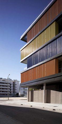 Gallery of Housing Building in Carabanchel / Amann-Canovas-Maruri - 24