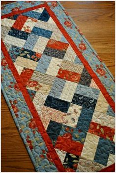 how to make patchwork table runner Patchwork Table Runner, Table Runner And Placemats, Table Runner Pattern, Quilted Table Runners, Fabric Placemats, Small Quilts, Mini Quilts, Place Mats Quilted, Quilted Table Toppers