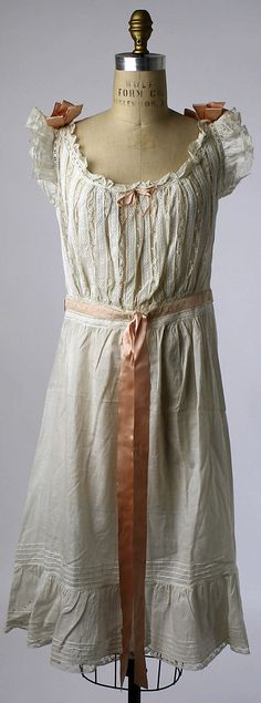 1910's American chemise. The lace channel for the ribbon at the waist is something I have to try, I think.