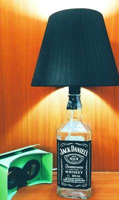 Abajur Jack Daniels feito por mim. #DIY