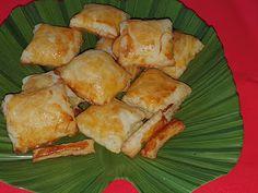 Lulu - Povesti din Bucatarie: Pateuri cu branza Meat, Chicken, Food, Meals, Yemek, Buffalo Chicken, Eten, Rooster