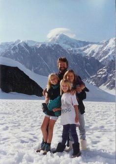 John Perry Barlow and his daughters John Perry Barlow, Bob Weir, Grateful Dead, Good Ol, Daughters, Muse, Couple Photos, Artist, Couple Shots