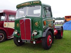 Vintage Trucks, Old Trucks, Classic Trucks, Classic Cars, Old Lorries, Heavy Truck, Commercial Vehicle, Old Cars, Old Photos