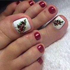 Christmas Nail Designs - My Cool Nail Designs Pedicure Designs, Pedicure Nail Art, Toe Nail Designs, Toe Nail Art, Xmas Nails, Holiday Nails, Christmas Nails, Yellow Toe Nails, Simple Toe Nails