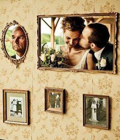 Heute noch einmal eine Idee für alle Vintage & Shabby Chic Hochzeiten. Wer eine Photobooth-Ecke einrichten möchte und eine Hochzeit im Vintage-Stil plant ist hiermit vielleicht sehr glücklich. …