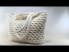 Crochet Bag Tutorials, Crochet Handbags, Diy And Crafts, Pouch, Throw Pillows, Knitting, Pattern, Aspirin, Handmade