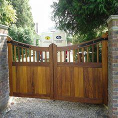 Ahşap Bahçe Kapısı Model 304