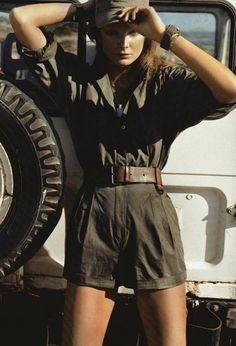 Eniko Mihalik, fabulous urban army trending