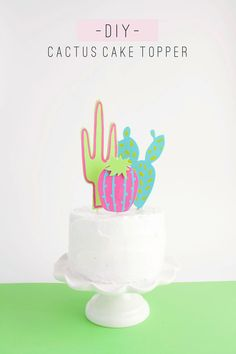 This DIY Cactus Cake Topper would be adorable a Cinco de Mayo party! Diy Piñata, Easy Diy, Fun Diy, Cactus Craft, Cactus Diys, Cactus Decor, Cupcake Toppers, Cupcake Cakes, Diy Cupcake