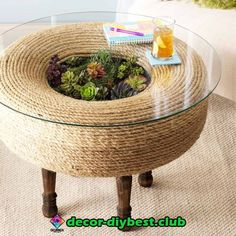 Today - Terrarium Twist: How to Turn an Old Tire Into a Planter Table metro. New Today - Terrarium Twist: How to Turn an Old Tire Into a Planter Table metro. , New Today - Terrarium Twist: How to Turn an Old Tire Into a Planter Table metro. Diy Para A Casa, Diy Casa, Diy Furniture Table, Furniture Projects, Handmade Furniture, Upcycled Furniture, Furniture Design, Diy Outdoor Furniture, Smart Furniture