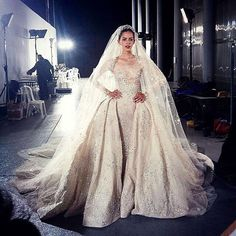 #Regram #ZuhairMurad #WeddingGown ✨✨
