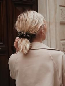 CHOUCHOUS – Scrunchie is back Scrunchies, Band, Collection, Fashion, Hair, Moda, Sash, La Mode, Bands